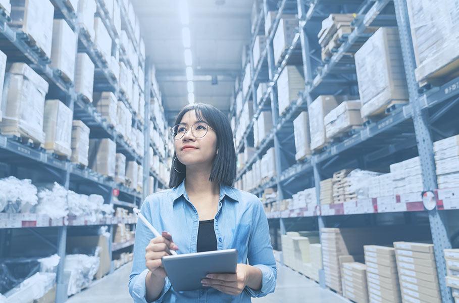 employee controls the warehouse